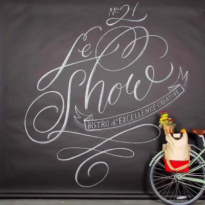Le-show-chalkboard-2